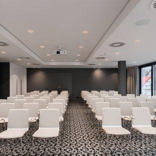 Dwie sale konferencyjne