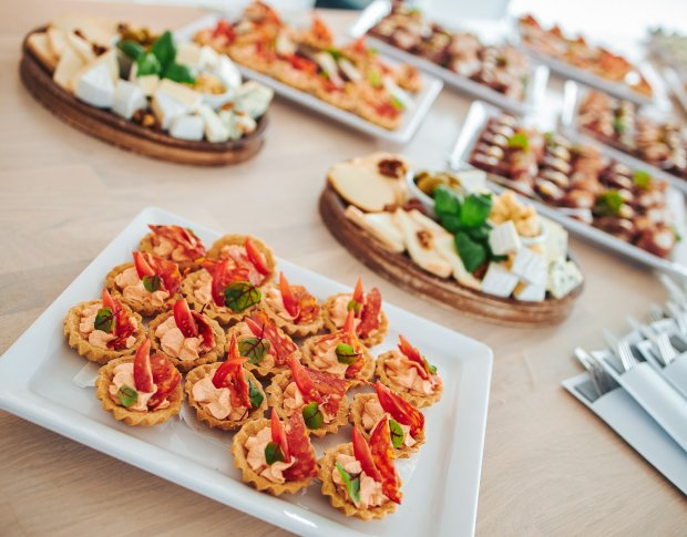 Catering with snacks