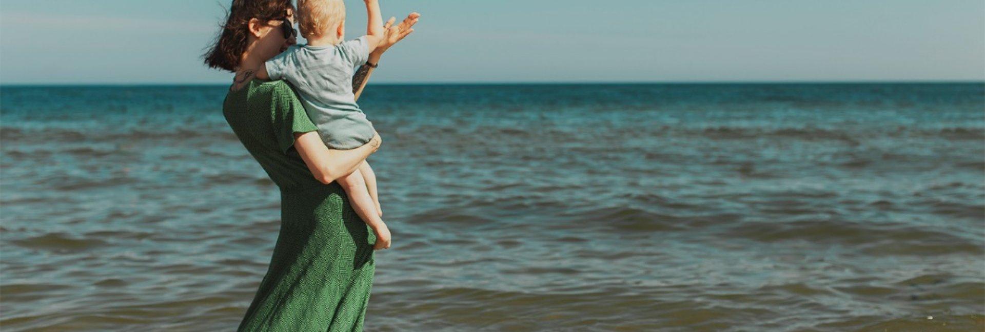 Wakacje z dzieckiem nad morzem - jak nie zwariować?