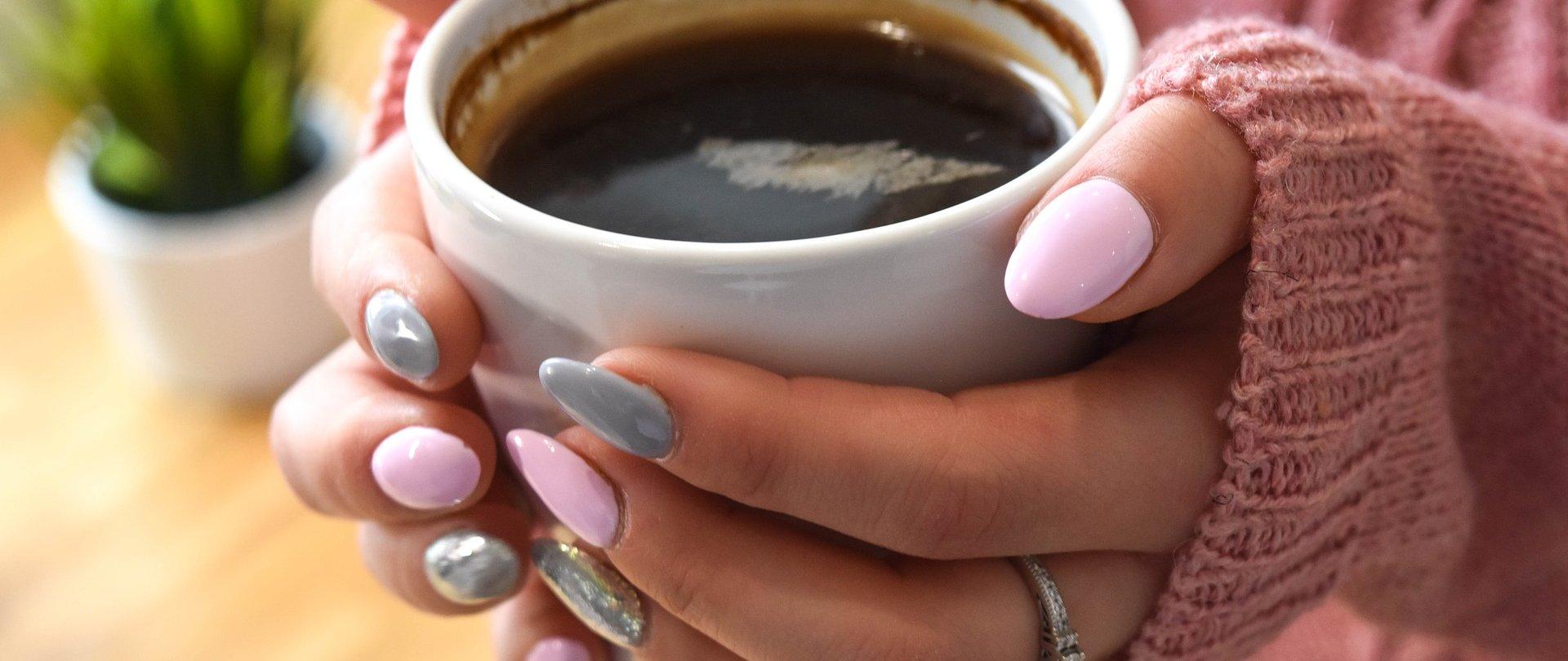 Domowe SPA dla dłoni. Poznaj 3 sprawdzone metody pielęgnacji