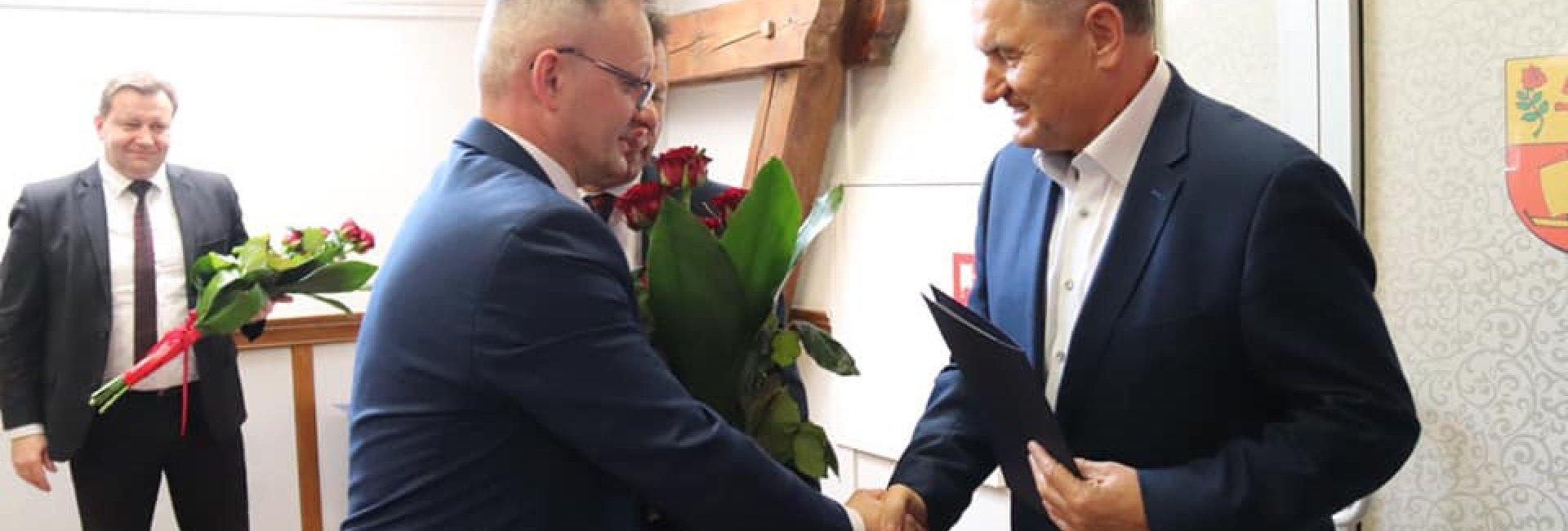 Andrzej Dowgiałło HONOROWYM OBYWATELEM GMINY OSTRÓDA