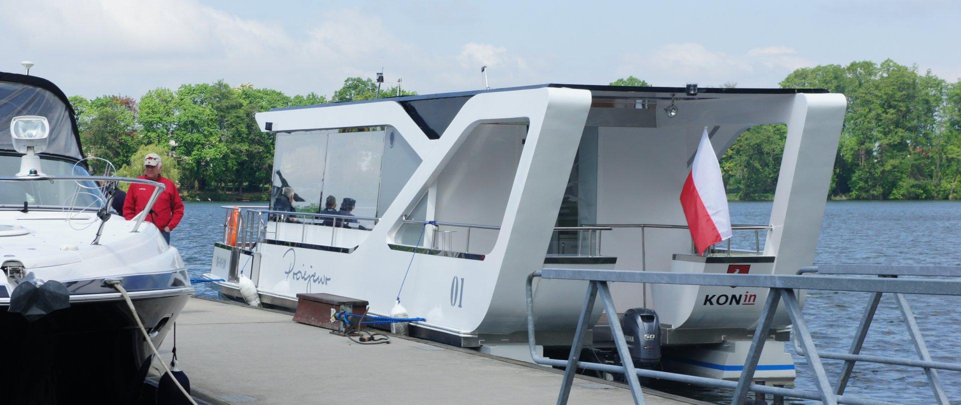 """Pociejewo"""" water tram cruise from """"Gosławice Marina"""""""