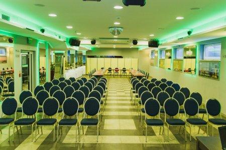 Idealne konferencje
