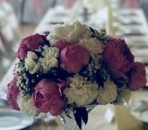 Jasny róż