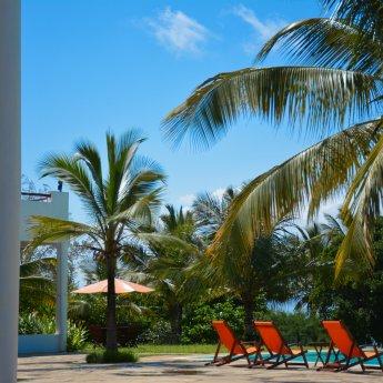 Uroczy hotel ze wspaniałą plażą