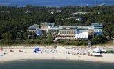 Widok na Hotel Bryza od strony morza