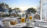 Śniadanie z widokiem na morze w Hotelu Bryza