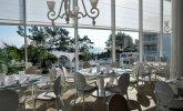 Restauracja Biała z widokiem na morze