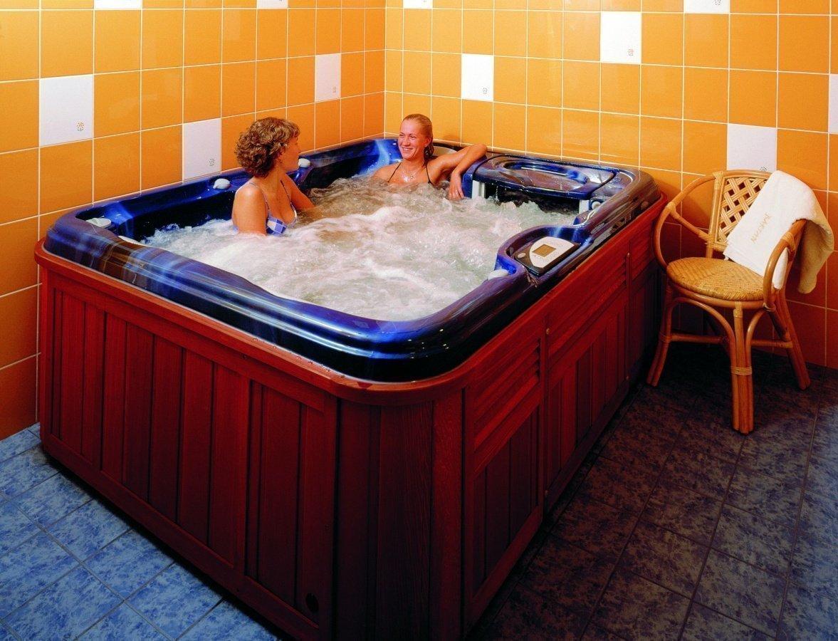 Sauna & Jacuzzi | Hotel Bartan Gdansk Seaside
