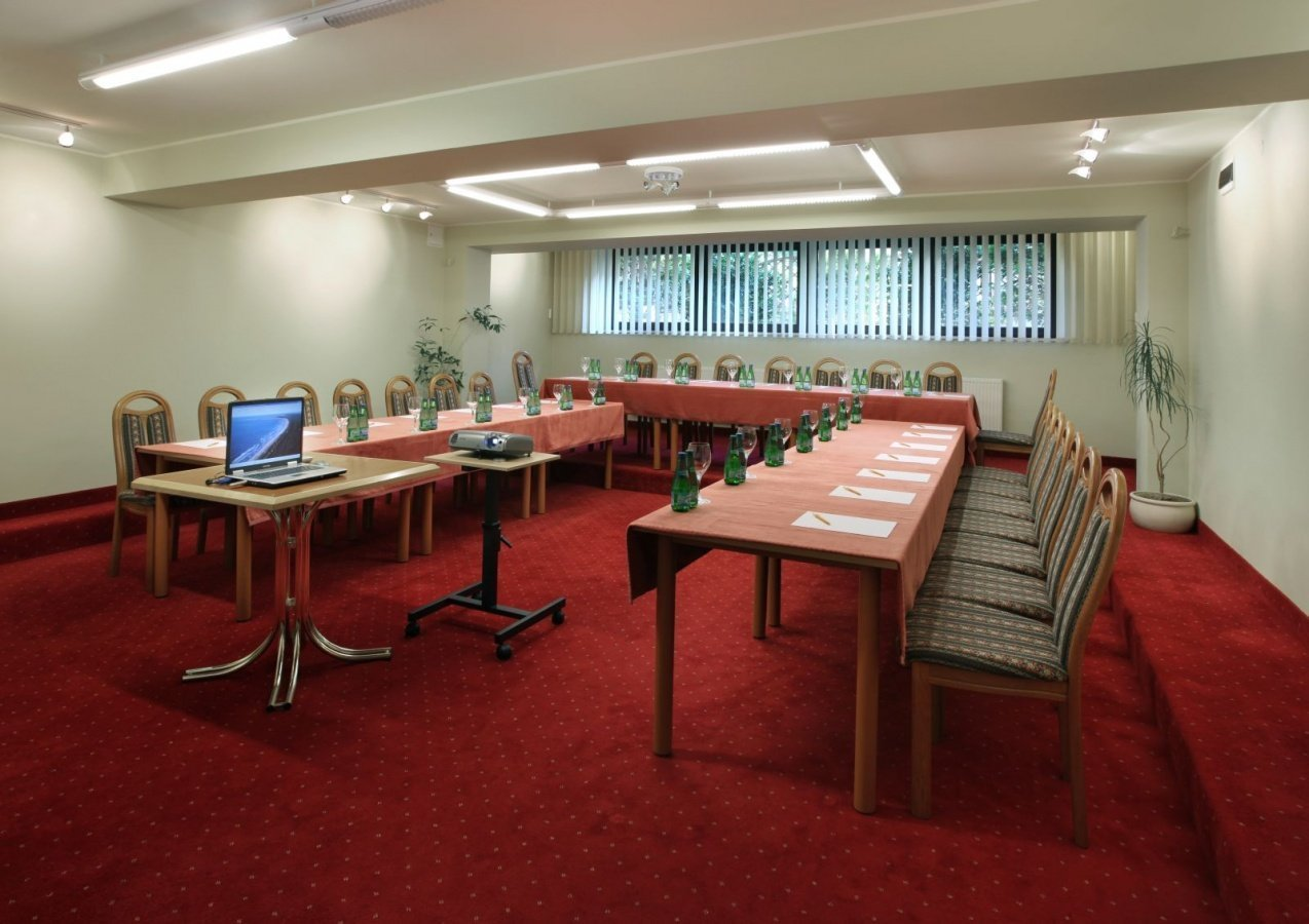 konferencje/salekonf5.jpg