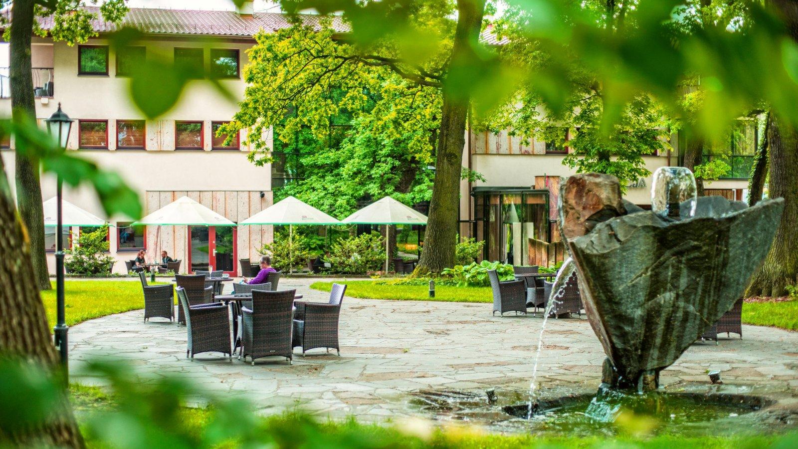 Farmona Restaurant
