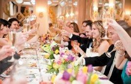 Jak dobrze zaplanować menu weselne?